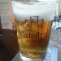 Photo taken at Catedral do Chopp by Aline M. on 8/23/2012