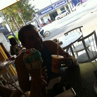 Photo taken at Sorveteria Kativa by leandrolion l. on 5/27/2012