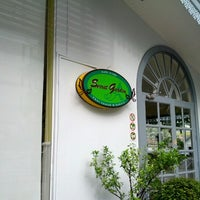 Photo taken at Secret Garden & Café Sweets by Masaki K. on 8/17/2012