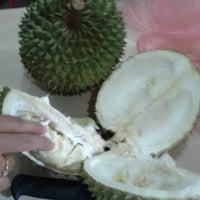 Photo taken at Naratiwas Ice Cream Distributor by Yissy ^. on 6/29/2012