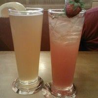 Photo taken at Olive Garden by Shalei G. on 7/12/2012