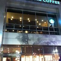 Photo taken at Starbucks by Alex L. on 8/12/2012
