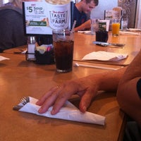 Photo taken at Bob Evans Restaurant by Rebecca N. on 5/28/2012