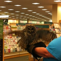 Photo taken at Barnes & Noble by Adilson A. on 6/17/2012