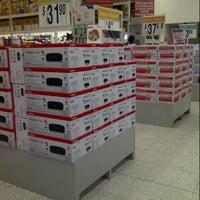 Photo taken at Office Depot by Vidal G. on 7/25/2012