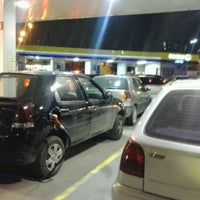 Photo taken at Posto Carrefour (Shell) by Ênio C. on 5/21/2012