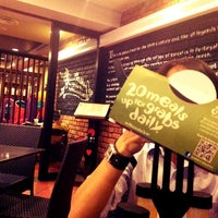 Photo taken at Nando's by Aien N. on 8/4/2012