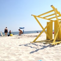 Photo taken at Point Lookout Beach (Town Park) by Amánda E. on 7/6/2012