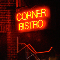 Foto tirada no(a) Corner Bistro por Party Earth em 4/4/2012