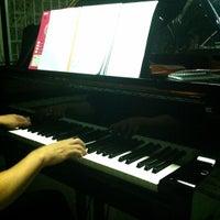 Photo taken at บ้านเปียโนพอเพียง by JeEd z Z Q. on 6/19/2012
