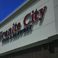 Photo taken at Granite City Food & Brewery by Fred G. on 5/6/2012