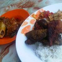 Photo taken at Restoran Causeway Nasi Padang Ina by Naz r. on 7/20/2012