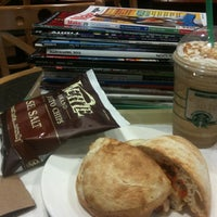Photo taken at Barnes & Noble by fuku876 on 3/23/2012