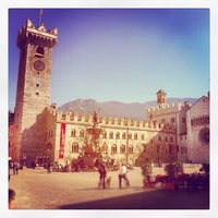 Photo taken at Piazza Duomo by Simone C. on 3/26/2012