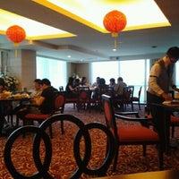 Photo taken at Hotel Pullman Surabaya City Centre by Dewi W. on 2/5/2012
