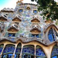 Photo taken at Passeig de Gràcia by Bois H. on 6/14/2012