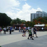 Photo taken at Young Circle-ArtsPark by @SoFLBrgOverload on 7/1/2012
