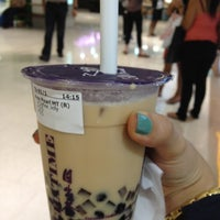 Photo taken at ChaTime (曰出茶太) by Huong N. on 3/6/2012