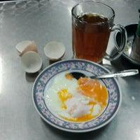 Photo taken at Hasan Stall Corner by Fauzani D. on 2/2/2012