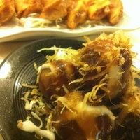 Photo taken at Aroi-Jung Teriyaki by Kai E. on 4/20/2012