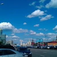 Photo taken at Краснопресненская набережная by Evgeniya M. on 8/8/2012