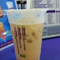 Photo taken at Chatime by 🎯TuckkaTan on 4/3/2012