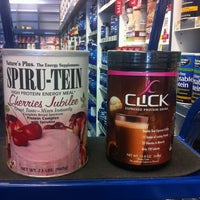 Photo taken at The Vitamin Shoppe by Ⓙ℮ᾔηїḟεґ▪ on 6/16/2012