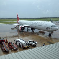 Photo taken at Brisbane International Terminal by Adam S. on 2/23/2012