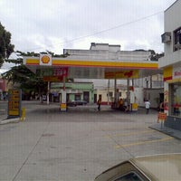 Photo taken at Posto Shell by Abel S. on 6/7/2012