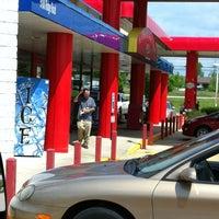 Photo taken at SHEETZ by Gaylan F. on 5/14/2012