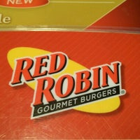 Photo taken at Red Robin Gourmet Burgers by Chad on 7/13/2012