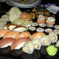 Photo taken at Lotus Japanese Fusion Cuisine by Thiago P. on 6/13/2012