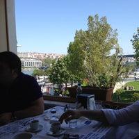 Photo taken at Van Kahvaltı Salonu by Latif B. on 4/29/2012