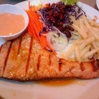 Photo taken at Big Bami and Steak by jOmkwan on 5/8/2012