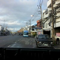 Photo taken at ท่ารถ บริษัท ศรีราชาทัวร์ จำกัด หนองมน by Agamon C. on 8/23/2012