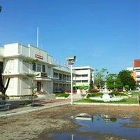 Photo taken at Ayutthaya Witthayalai School by Weerapat J. on 5/20/2012