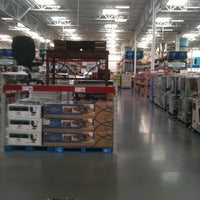 Photo taken at Sam's Club by Leo S. on 2/22/2012