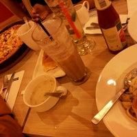 Photo taken at Pizza Hut Nilai by Ieyla h. on 8/13/2012