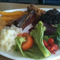 Photo taken at Restaurante Eldorado by Ricardo Fontes S. on 7/19/2012