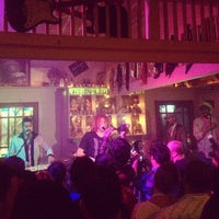 Photo taken at Shakers on the Avenue by Anderson M. on 7/22/2012