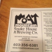 Photo taken at Moat Mountain Smoke House & Brewing Co. by Sabrina B. on 9/1/2012