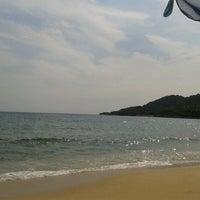 Photo taken at Totos Beach Bar by Άρης Γ. on 8/19/2012
