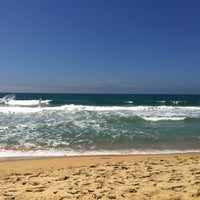 Photo taken at Praia Vermelha do Centro by Serginho R. on 2/18/2012