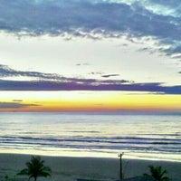 Photo taken at Praia do Sonho by fluoreto on 2/22/2012