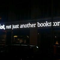 Das Foto wurde bei ocelot, not just another bookstore von Frithjof K. am 7/28/2012 aufgenommen