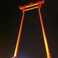 Photo taken at Giant Swing by itt_ittipong on 4/27/2012