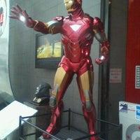 Photo taken at Comicx by Eduardo O. on 6/15/2012