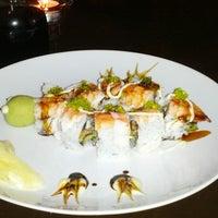 Photo taken at Makisu Sushi Lounge & Grill by Diz B. on 8/19/2012