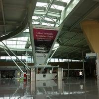 Photo taken at Senai International Airport (JHB) by Lee Z. on 5/27/2012