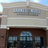 Photo taken at Barnes & Noble by Hussain E. on 6/19/2012